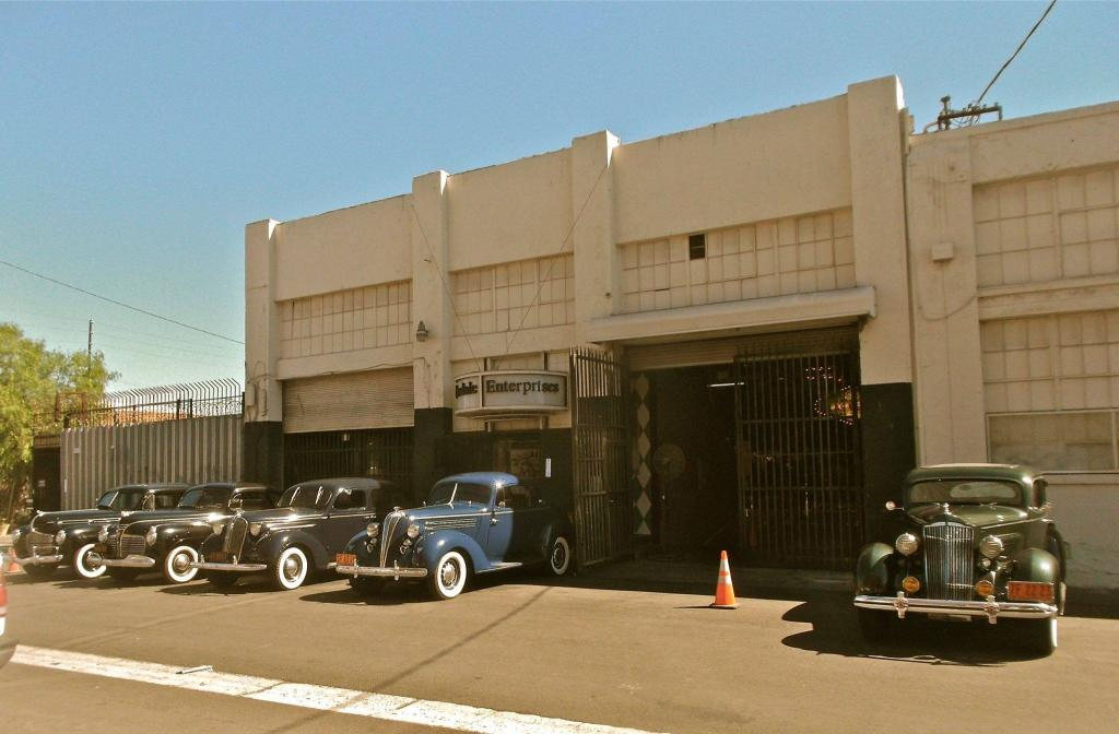 The Set Shop Vintage Clothing Sale, Los Angeles, December 2016