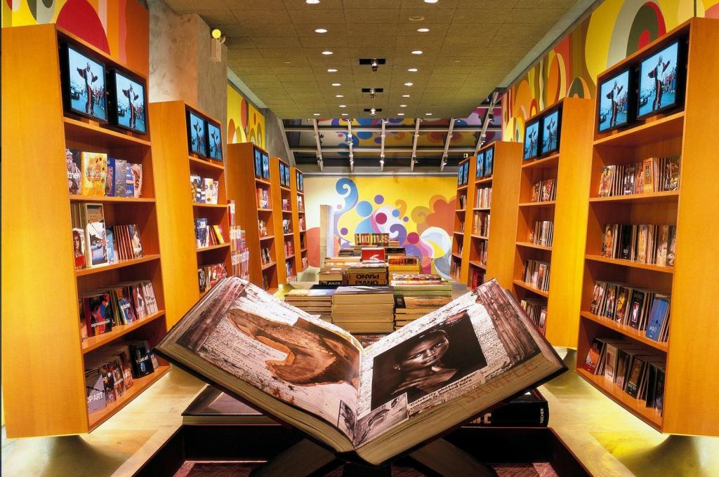 Gay bookstore new york