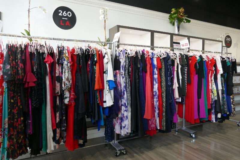 rent the runway your favorite website to shop dresses is back at 260 sample sale la this sale will be taking place at 260 sample sale la 265 n beverly - Bcbg Sample Sale