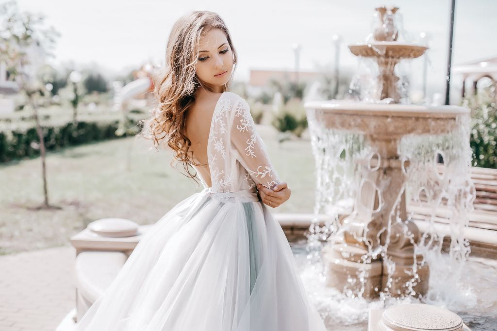 Shopping bridal sample sales